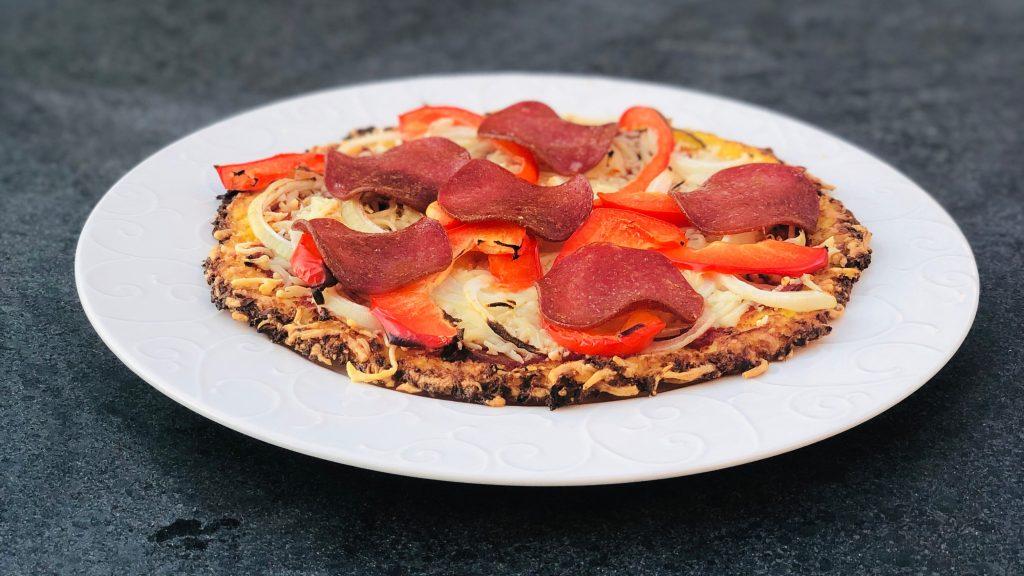 Bloemkoolpizza met Paprika Ui Salami